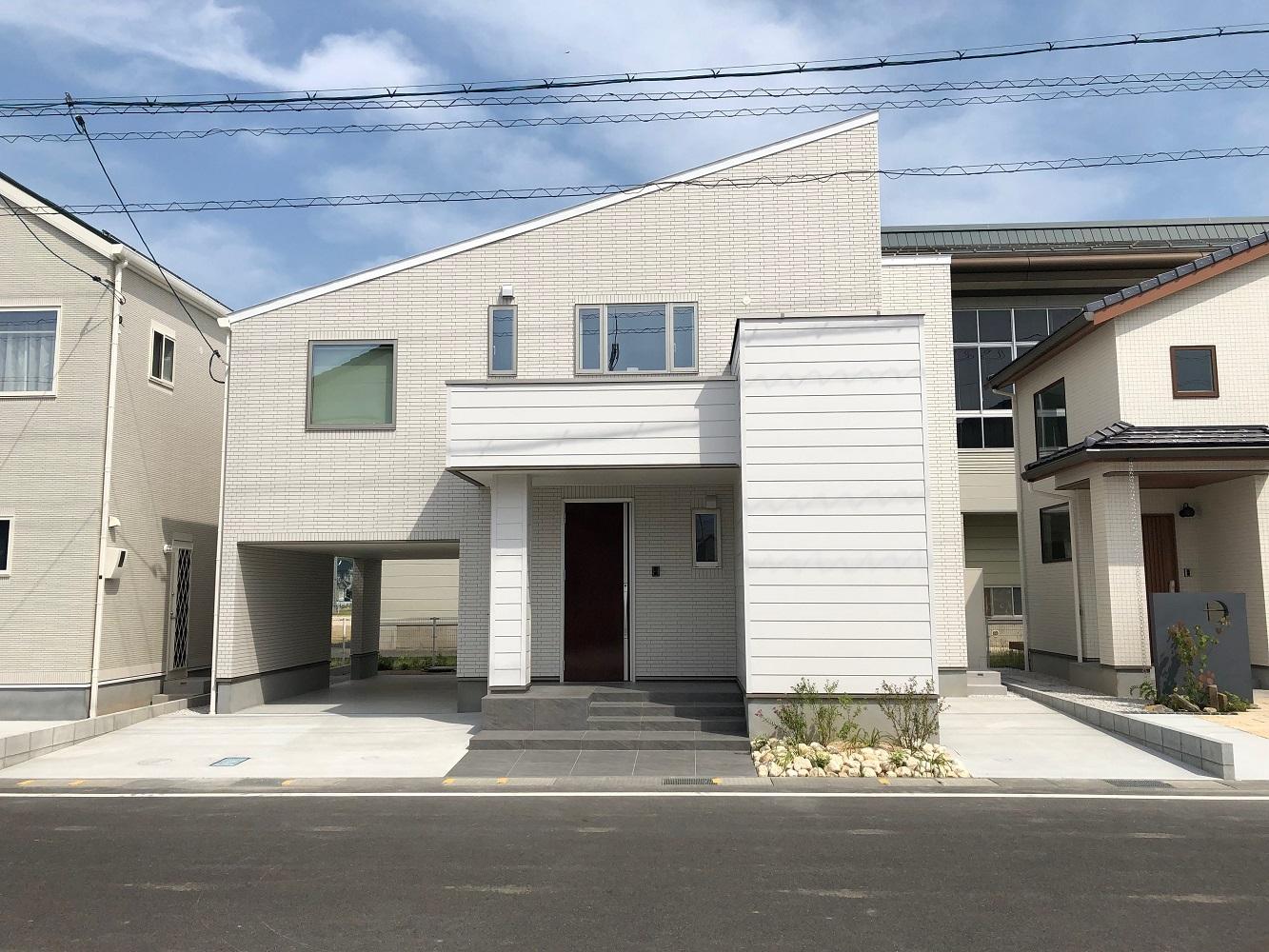 夢のガレージのある家(立川建売B棟)